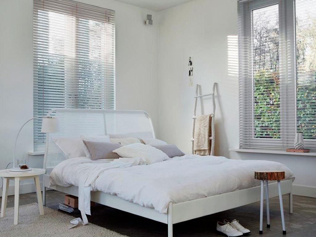 Interior Blinds - Aluminium Venetians - Decorator Curtains & Blinds